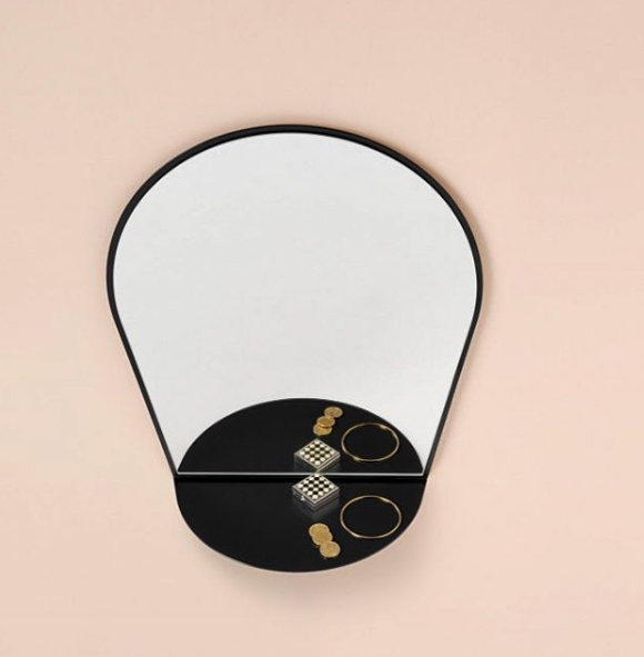 Le chaperon mirror: Photo's by others